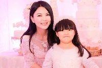 李湘女儿一个月花多少钱 她的收入来源出自什么地方