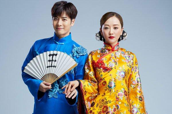 王嘉尔看杨蓉眼神有些不对劲 莫非是喜欢杨蓉吗
