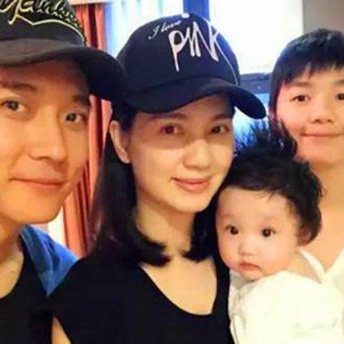 张丹峰洪欣姐弟恋年龄差多少岁 最初是怎么认识的