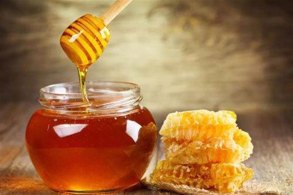 女人每天喝蜂蜜好处和坏处 不能够当做饭吃